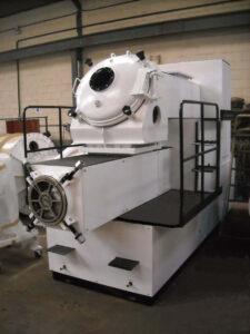Compresora / Extrusora M-300 Duplex Mazzoni - Etapa de refinado - Línea de acabado de una fábrica de pastillas de jabón