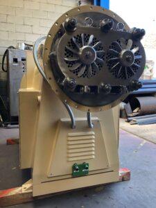 Compresora / Refinadora TRA-250 Mazzoni - Etapa de refinado - Línea de acabado de una fábrica de pastillas de jabón