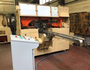 Troqueladora STU Simplo - Proceso de Troquelado - Línea de Acabado para la Producción de Jabón en Pastilla